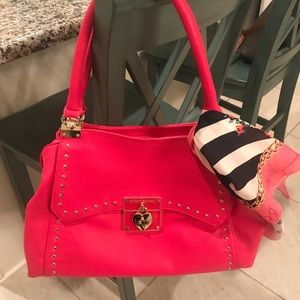 Betsey Johnson Accessories - Betsey Johnson Tote